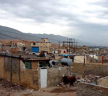 حاشیه نشینی در تهران-مرکز توانمندسازی حاکمیت و جامعه