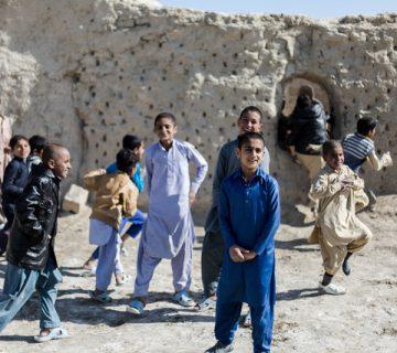 کودکان محروم از تحصیل- مرکز توانمندسازی حاکمیت و جامعه
